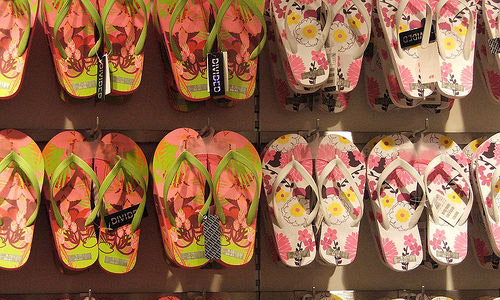 How To Make Your Summer Super Stylish With Flip-Flops