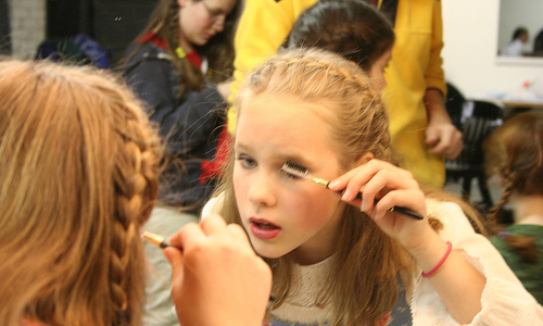 Is Your Pre-Teen Demanding Makeup? Know These Top Facts Before Giving In