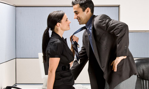 10 Reasons To Avoid Dating A Co-Worker