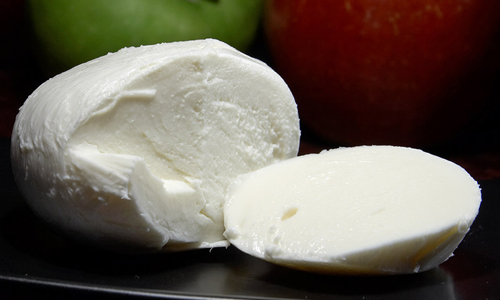 <h4>6. Mozzarella Cheese</h4>