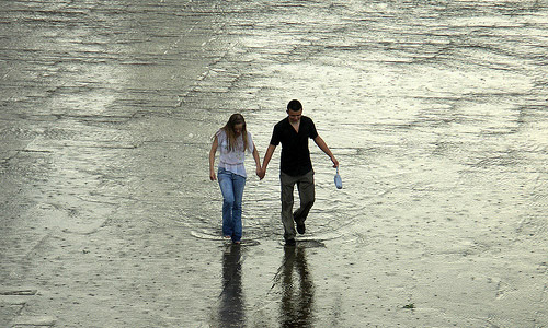100 Ways To Be Romantic - Go For A Walk In The Rain With Him Without Umbrellas.