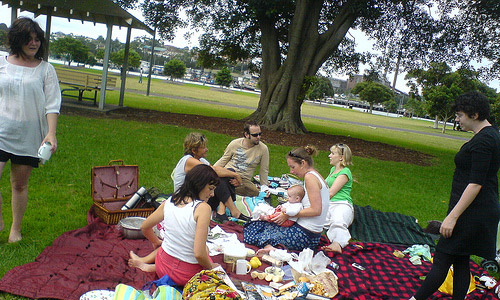 50 Ways To Enjoy Life - Take short picnic trips with your loved ones often