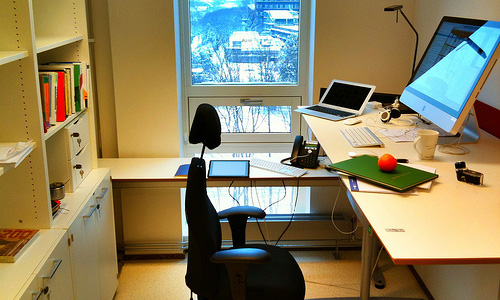 5 Steps To Organize Your Office And Make It Clutter Free