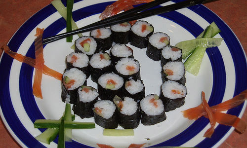 Top 5 Reasons Why You Will Love Sushi, The Japanese Delicacy