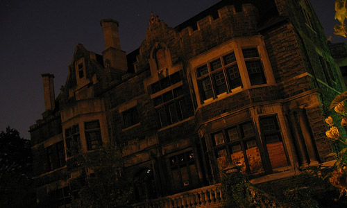 5 Real Haunted Places Around The World