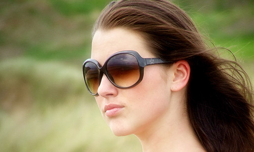 Sunglasses For Oval Faces  to choose sunglasses for your face