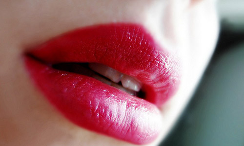 All You Wanted To Know About Lip Stain And Its Process