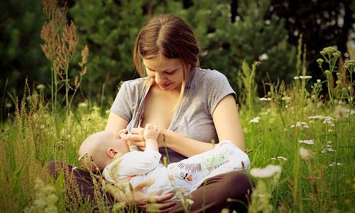 Does Breastfeeding Spoil Beauty?