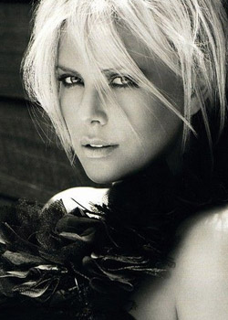 <h4>2. Charlize Theron</h4>