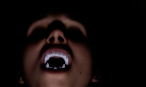 10 Reasons Why You Should Never Date A Vampire