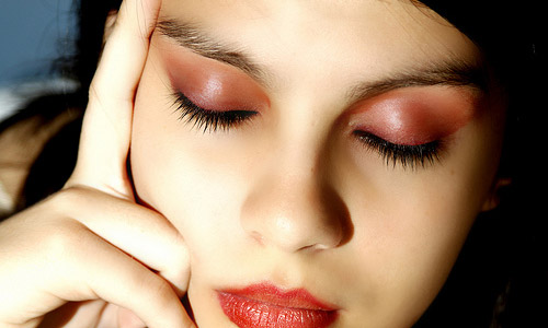How to Apply Eye Makeup? 5 steps to Help You