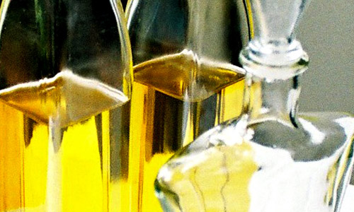 4 Natural Oils for Hair