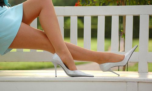 9 Tips on How to Make Legs Look Longer