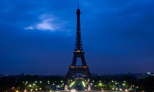 8 Best Romantic Places To Visit In Paris