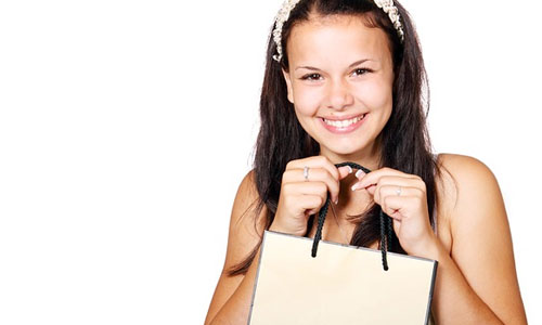 11 Reasons Girls Love to Shop