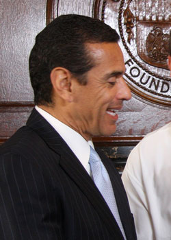 <h4>15.	Antonio Villaraigosa (January 23) </h4>