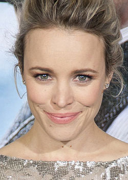 <h4>6. Rachel McAdams as a McDonalds employee</h4>