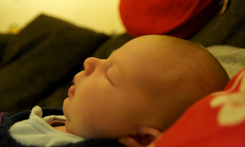 6 Ways to Make Your Baby Sleep at Night