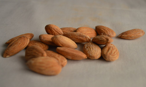 5 Health Benefits of Almond Milk
