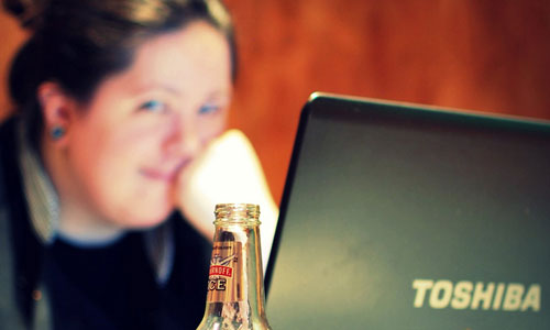 9 Tips to Stay Happy and Relaxed at Work