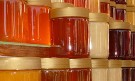 7 Surprising Uses for Honey