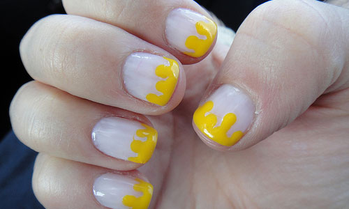 6 Tips on How to Dip Dye Nails