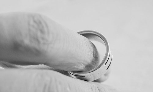 5 Top Reasons Why You Should not Get Married at All