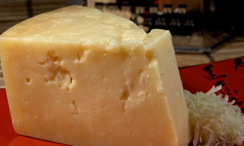 9 Fun Facts About Cheese