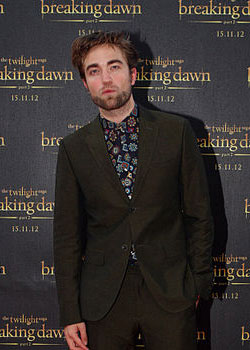 Robert Pattinson (born on May 13)