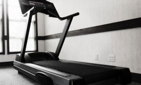6 Tips to Make Walking on the Treadmill More Fun