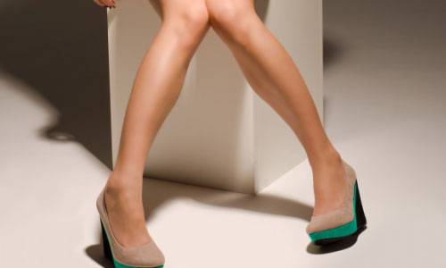 5 Ways to Make Large Feet Appear Smaller