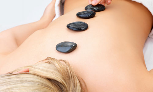 5 Benefits of Hot Stone Therapy