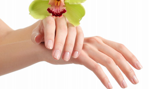 7 Home Remedies for Brittle Nails