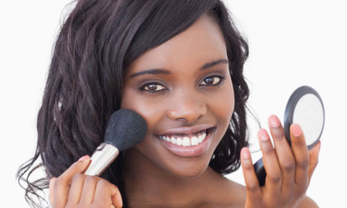 7 Makeup Tips for Sensitive Skin