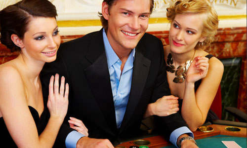 6 Reasons Women Fall for Rich Men