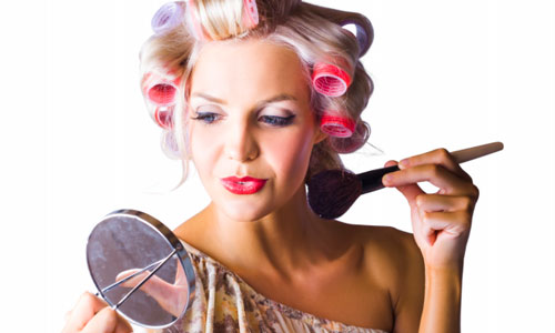 7 Signs You Wear too Much Makeup Everyday