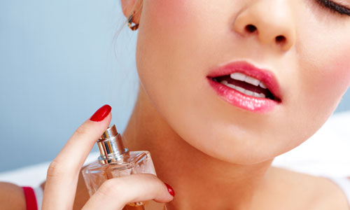 7 Basic Steps to Apply Perfume