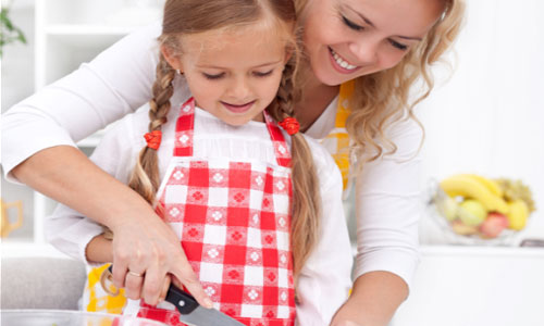 4 Easy Dishes to Make with Your Kids