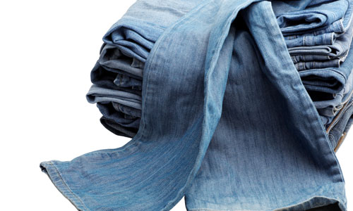 4 Tips on How to Fade Jeans