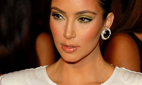6 Reasons Kim Kardashian is Famous