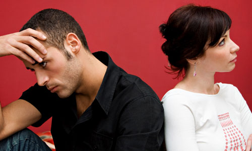 6 Signs Your Boyfriend has Emotional Baggage