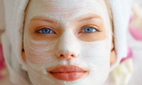 7 DIY Oatmeal Face Masks