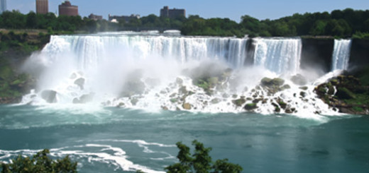 5 Reasons to Visit Niagara Falls