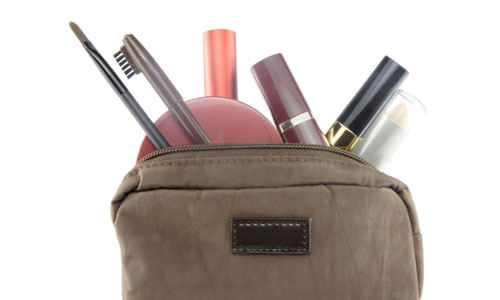 5 Tips for Packing Your Travel Beauty Kit