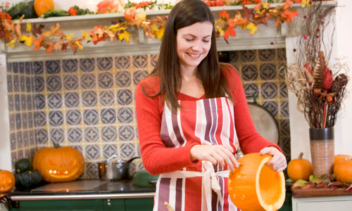 7 Great Tips to Enjoy Halloween Alone