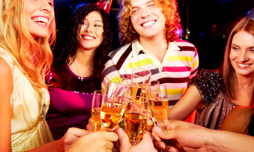 8 Signs Your Teenager is Drinking