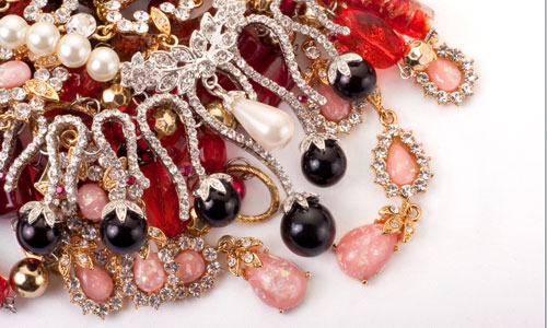 7 Tips to Take Care of Your Costume Jewelry