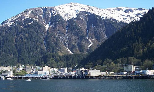 Top 6 Reasons to Visit Alaska