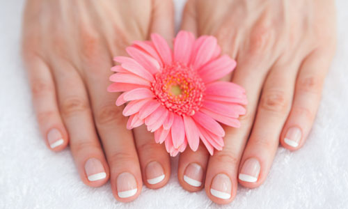 6 Ways to Get Shiny and Healthy Nails
