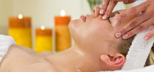Essential-Oils-for-Winter-Skincare